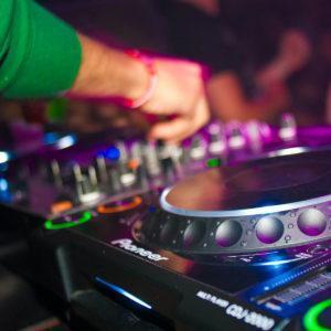 DJ-musics Greg